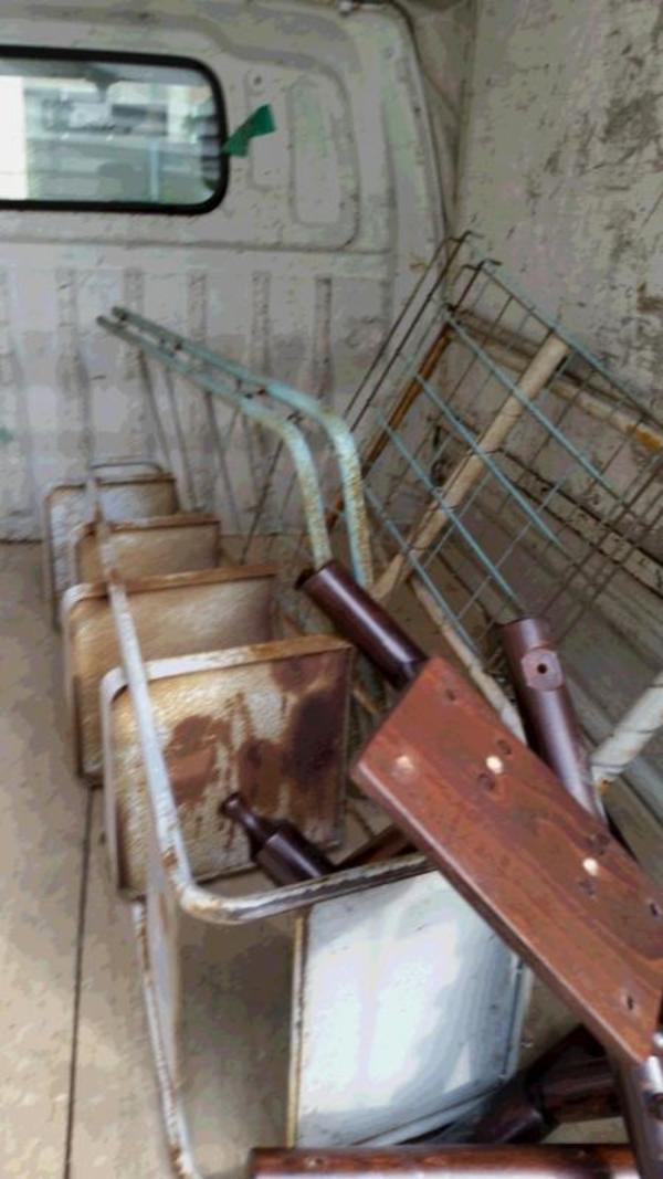 荘島町で金属類を回収サムネイル