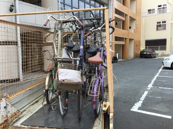 東町で自転車の回収サムネイル