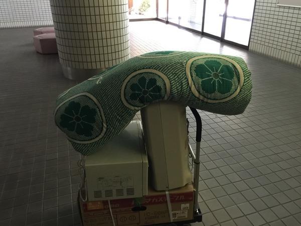 諏訪野町で布団、家電類の回収サムネイル