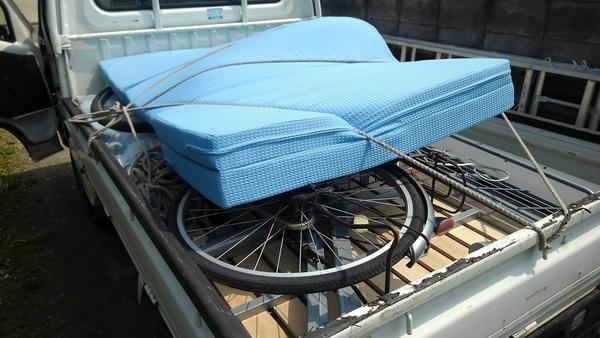 佐賀市で #ベット #自転車 #カーテン の回収処分のご依頼です。サムネイル