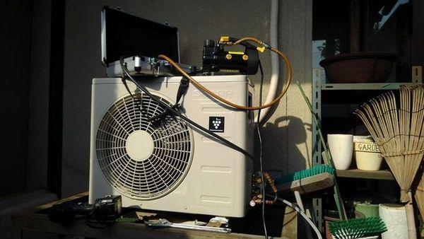 #久留米 で #エアコン取付 工事を賜りました。サムネイル