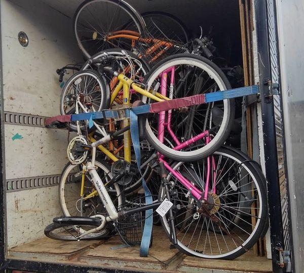 不動産屋さんからのご依頼:自転車大量処分!サムネイル
