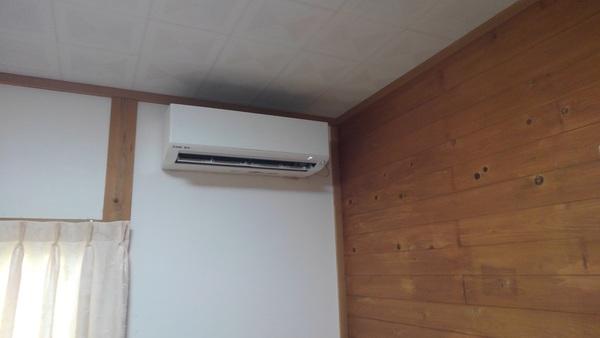 筑後市でエアコン取付ですサムネイル