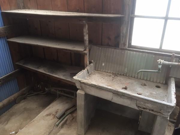 久留米市 旧家 一軒全て プラス 倉庫丸ごと 片付け のご依頼です。サムネイル