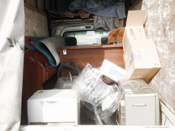 不要な学習机の処分、引き取り!◆久留米市サムネイル