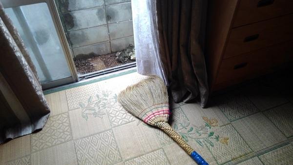久留米で家解体前のエアコン撤去のご依頼です。サムネイル