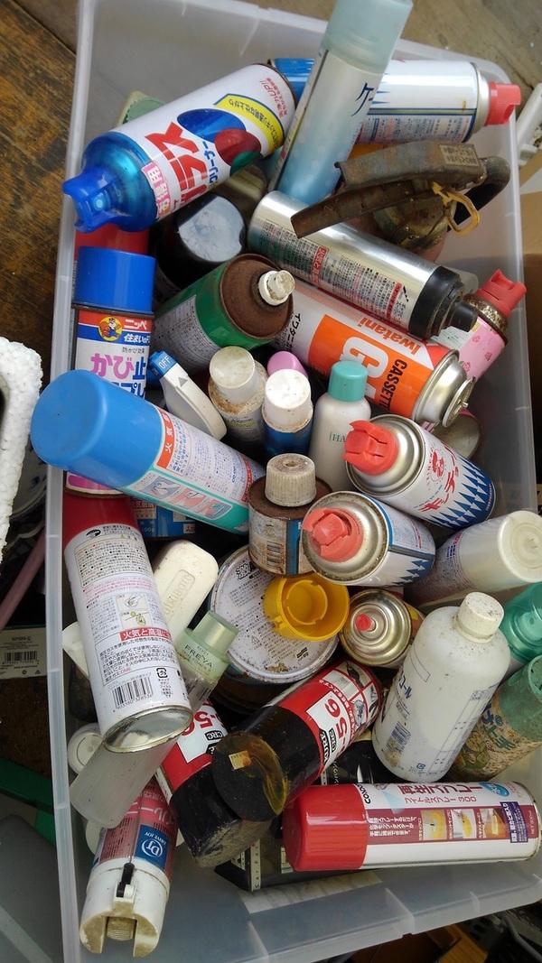 スプレー缶やペンキのお持ち込みサムネイル