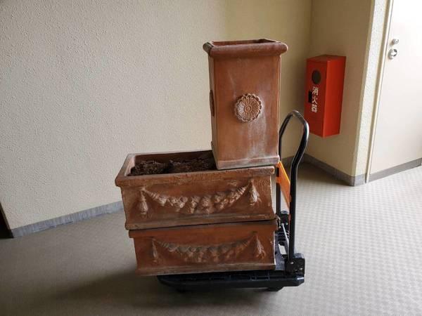 久留米市で温室棚と植木鉢の回収サムネイル